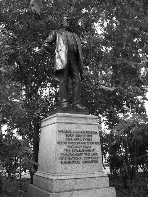 768px-William_Edward_Forster_statue,_Victoria_Embankment